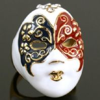 Fashion Costume Jewellery Gold Plated  Face Ring with Diamante Crystals